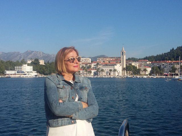Vesna Radosavljević : O MENI GOVORI MOJ RAD !